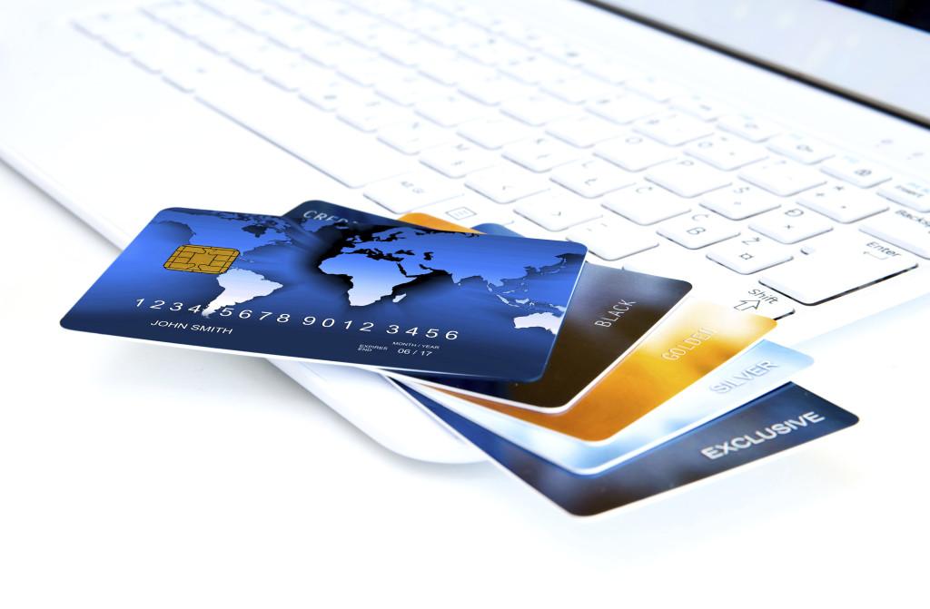 法人用クレジットカード活用のメリットと注意点
