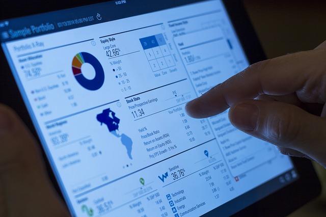 経費精算クラウドで、経理業務のIT化を促進!