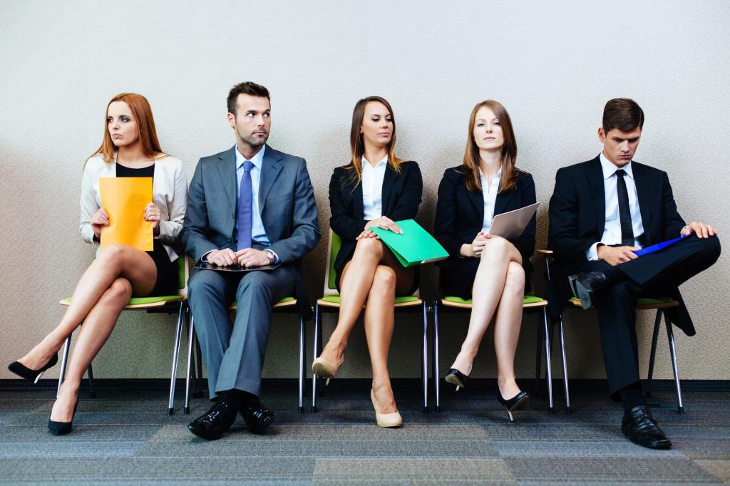 会社員の経費精算の共通の不満・悩みとは?1000人への調査結果を公開!