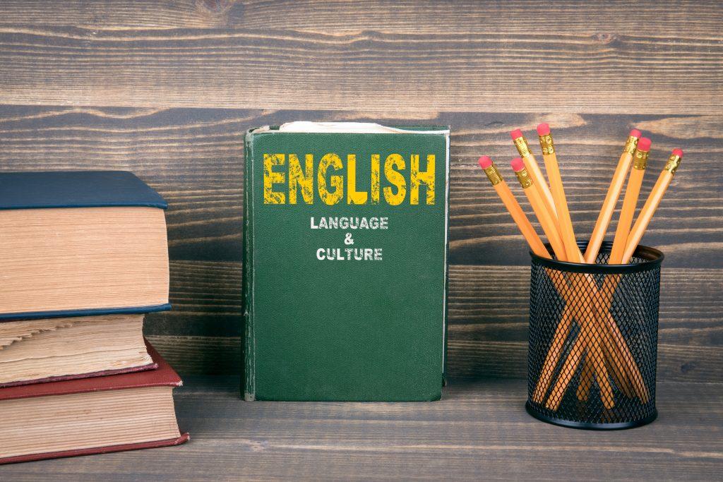 経理担当者に英語スキルの習得が必要な3つの理由
