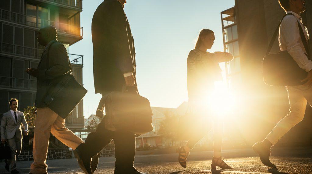 特定支出控除で会社員も経費申告 経理に求められる対応とは?