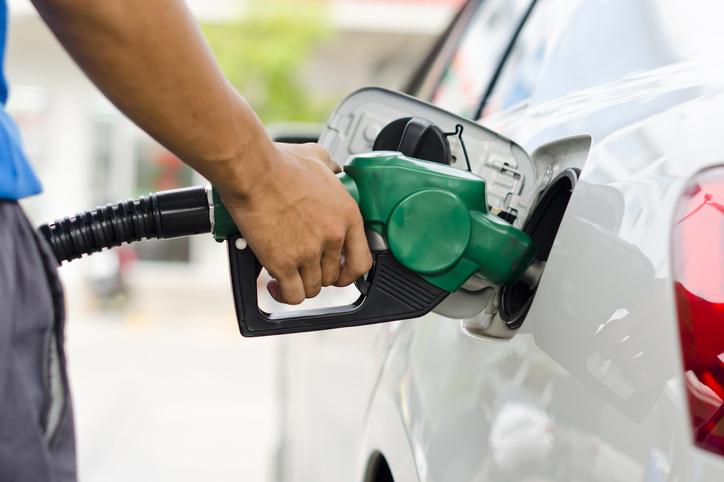 ガソリン代の勘定科目は自由に選べる!?よく使う科目と注意点とは