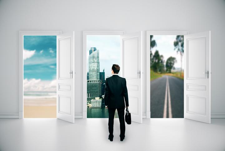 早期退職制度とは? 処理方法や日本基準と国際基準の違いとは?