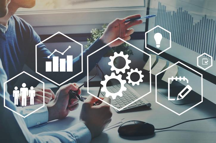 ERPを導入するメリットは?基幹システムとの違いを理解しよう