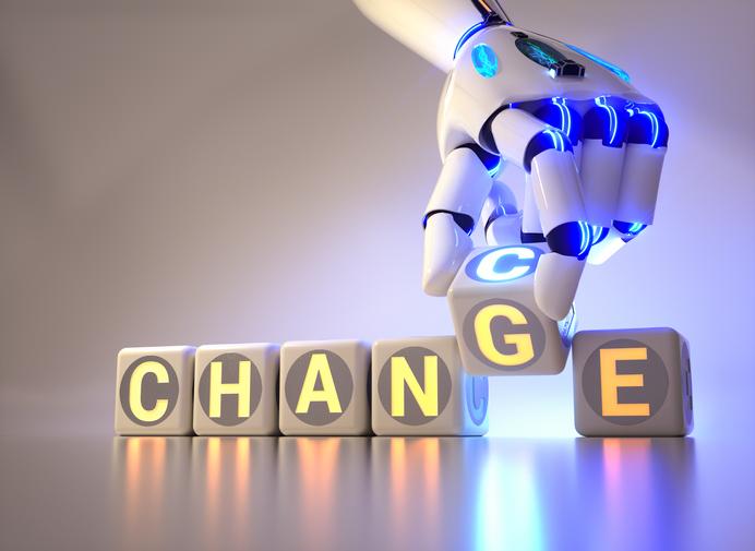2023年度適用のインボイス制度で何が変わる?フリーランスなどの免税事業者との取引の変更点とは
